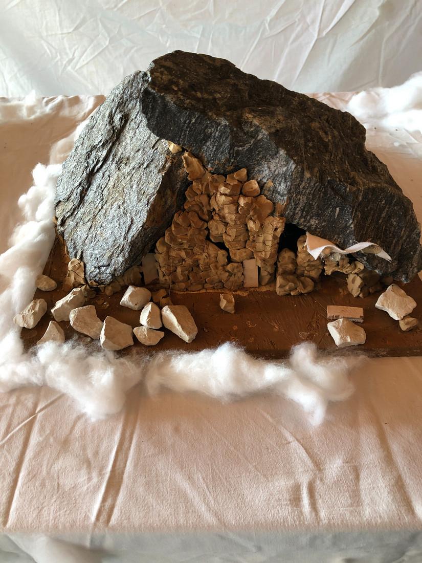 Foto 10: Felsenwohnung- künstlerisches Modell