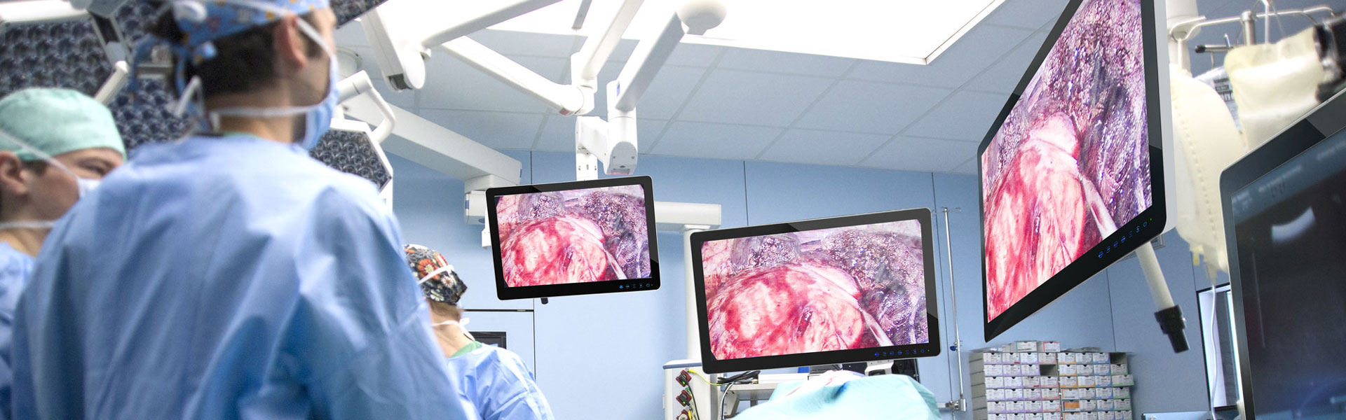 Displays / Monitors in Applications: Operating Theater